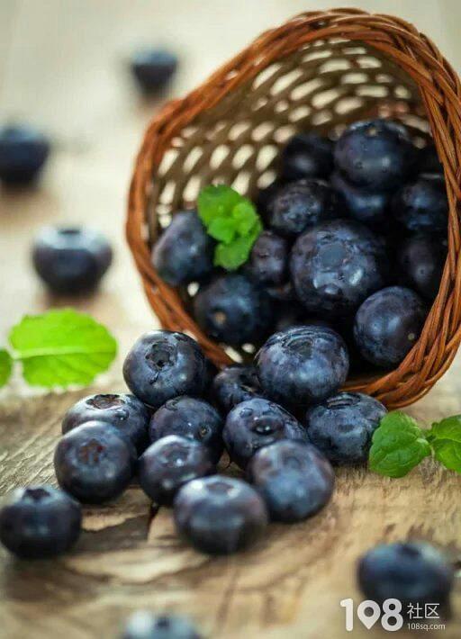 【吃蓝莓缓解眼疲劳,改善眼干眼涩】