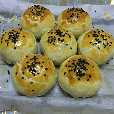 蛋黄酥(手工制作)