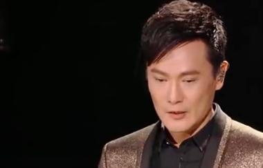 张信哲现场演唱《信仰》,老歌经典