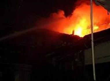 天台一村子半夜6间房子连续起火!竟是隔壁老王为泄愤所为