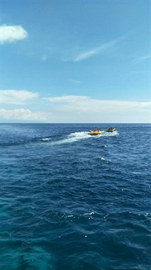 乘风破浪看海洋和美女,这才叫旅游
