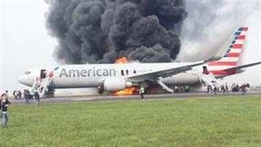 飞机起飞前自燃,冒出滚滚浓烟,乘客称:幸亏飞机没有升空