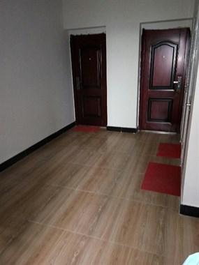 租武康这种房子一个房间每月450!社友却说不算贵!