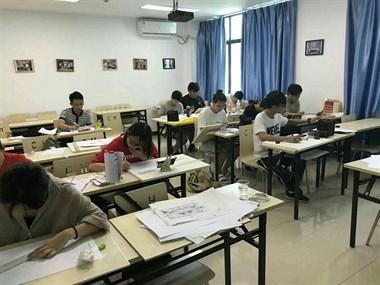 手绘课程终于结束了,大家都很努力,你们是好样的。