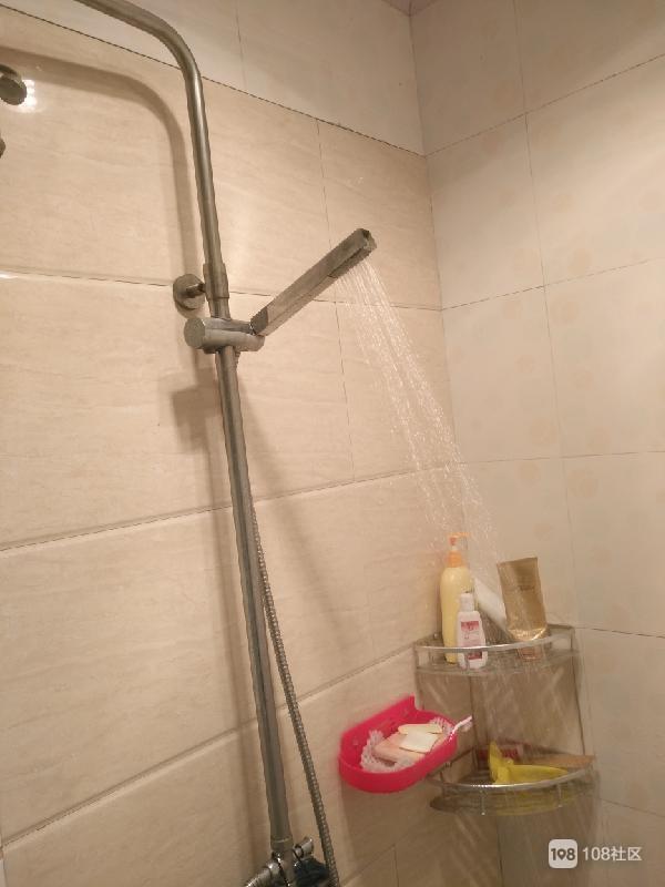 卫生间和厨房里装空调?社友表示用着舒服,生活品质提高了