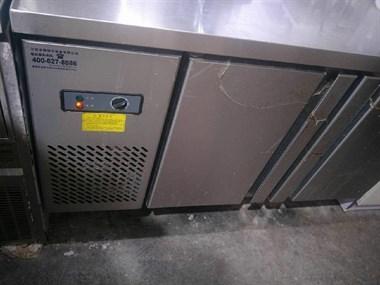 【转卖】油烟机 冰柜 开水机 奶茶设备等