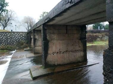 喷雾桥花费100万,安吉这桥却仍是危桥!3年掉下好几人!