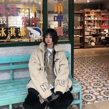 【转卖】NIKE冬季新款两面穿保暖羊羔毛外套