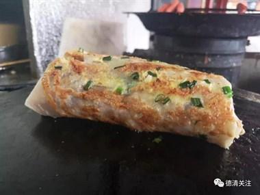 兴康南路鸡蛋饼有30多年手艺的德清老味道!还上新闻出名了