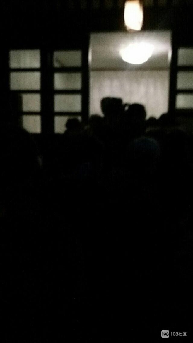 新昌腊八全城人挤人!天不亮就排长队,这里最受欢迎