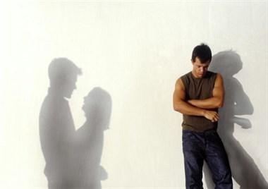 老婆出轨了我不希望孩子在单亲家庭长大,该不该离?