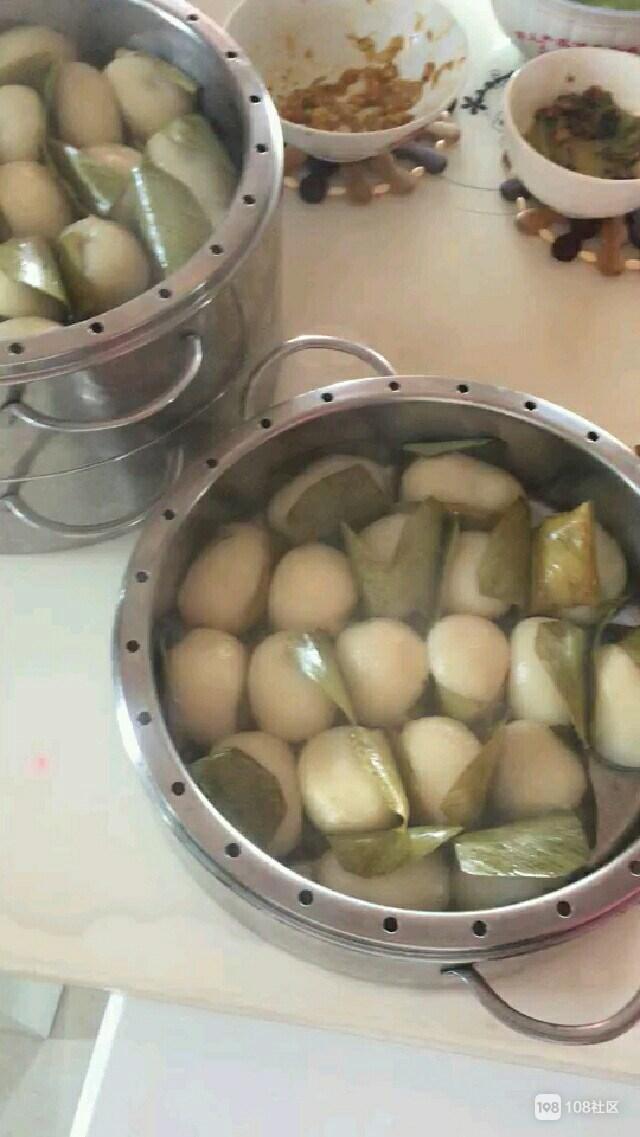 香味都要溢出屏幕!热腾腾的猪鸭儿粑,德清社友做了2大锅