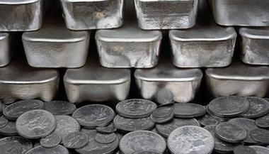 """几十吨""""白银""""竟然是锌!银行被坑了8000万!"""