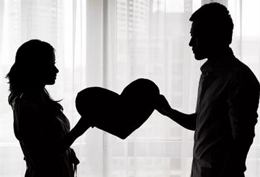 5万对夫妻离婚原因曝光!第一杀手不是出轨,而是…
