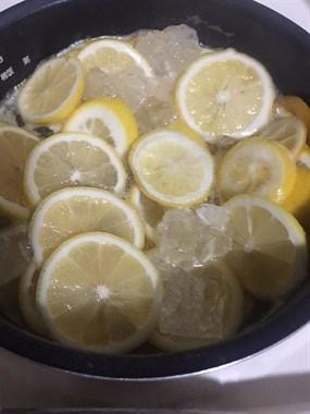 这天气就要喝点自制的冰糖柠檬水!美滋滋