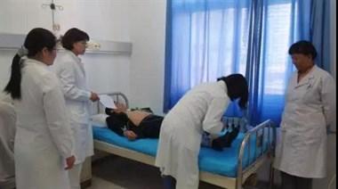 女子进医院检查,刚掀起衣服,抬头就看见它对着自己