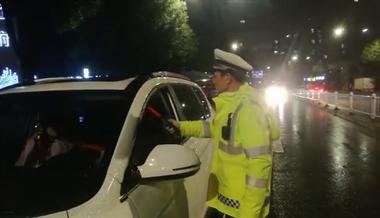 喝酒开车还报侥幸心理!42人直接被抓,2人直接吊销驾驶证