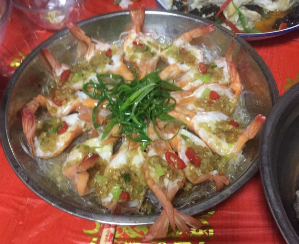 太生猛了!安吉农村结婚的流水席,整一桌海鲜大餐吃到撑!