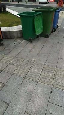 震惊!街头垃圾桶发现一男婴,浑身是血!120赶到时已经…