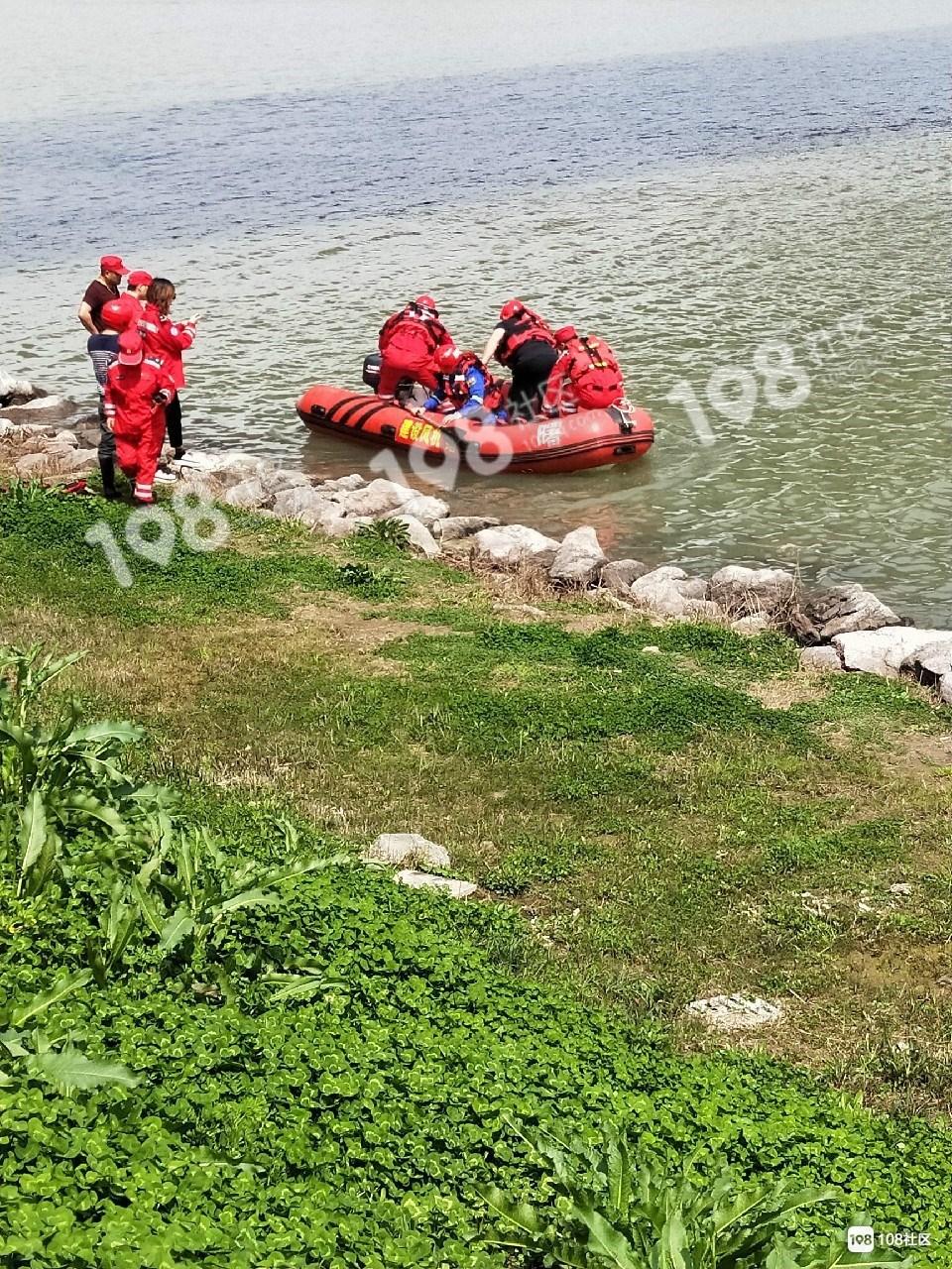 悲剧!人民大桥一男子跳江,现尸体已经打捞上岸