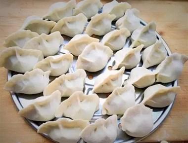 春天吃饺子,我家只用这种饺子馅,比韭菜鲜,多吃也不怕胖!