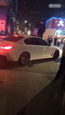 绍兴一女子车内偷情被老公抓现行,三段视频流出...