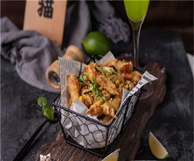 左手猫炸鸡,缔造时尚餐饮与文化氛围