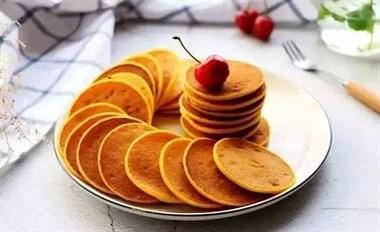 1块南瓜1把面粉,教你做早餐饼,手不沾面就做好,比油条简单营养