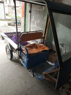 【转卖】二手干电瓶三轮车出售