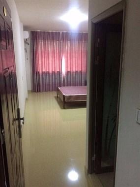 新人民医院旁边新房屋出租联系电话13858638892