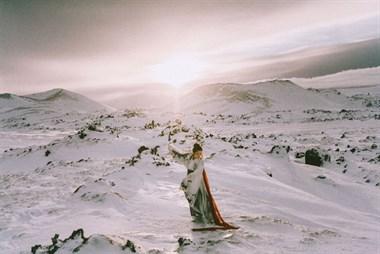 30岁美女辞职旅行!走遍十几个国家,用汉服的美征服了整个世界...