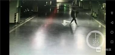 劳斯莱斯、法拉利、宾利……女子为逼男友现身狂砸12辆豪车