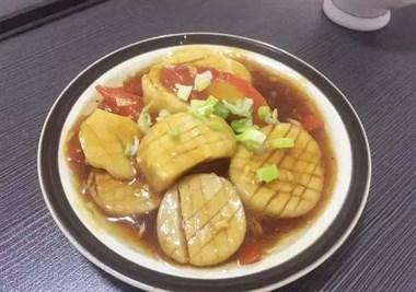 四月天热了,女人多吃这道菜,不炖不炒,是凉也是热,开胃又爽口