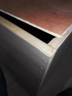 500一平的衣柜使用这种板材做后背,师傅却说这已经是最好的了