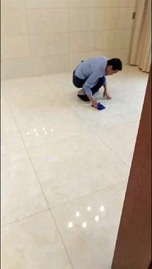 社友老公一大早起床蹲在地上干这事,真是长兴男人的榜样