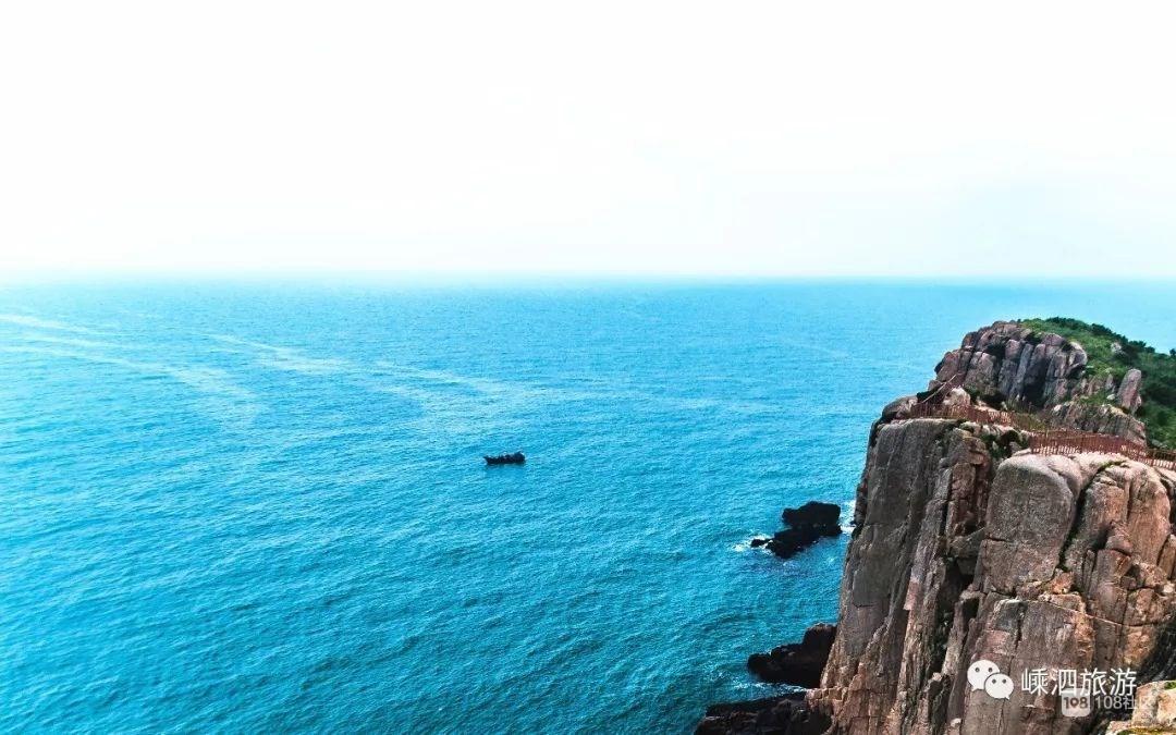 嵊泗男子海钓钓上一只海豚!接下来的一幕超有爱…