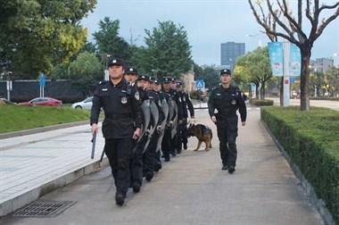 德清一大波警察出动!车站广场马路都能看见,严查这些事