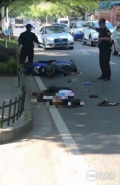 细节披露!昨日岛城两起车祸 电瓶车主均已确认死亡!