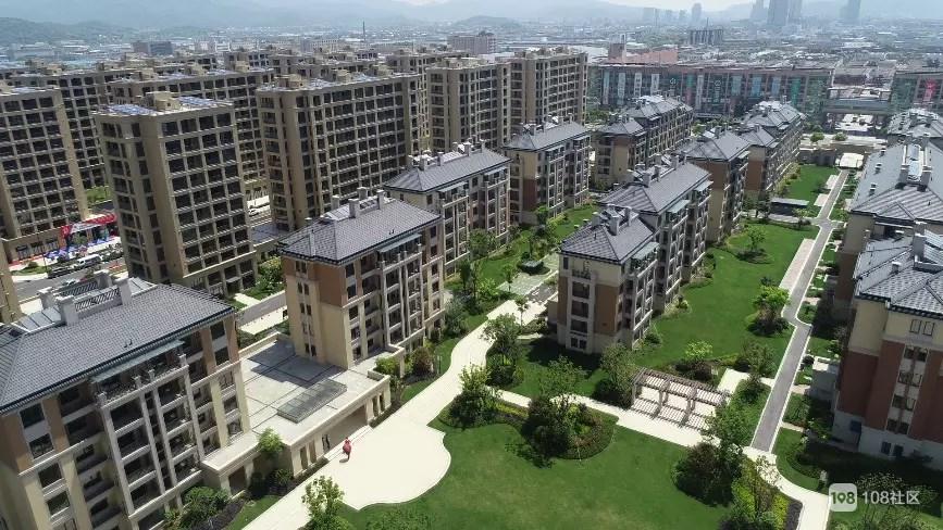 万阳花园品质优越 绿化可观!二手房为何只卖1万5?