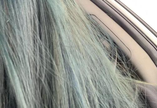 姑娘为了搅黄这门亲事,染绿了头发,又吃胖10斤!最惨的是……