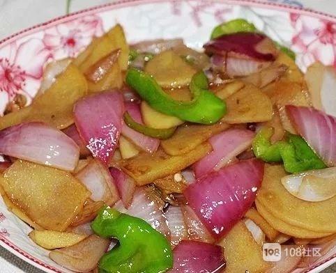 洋葱和此物一起炒,每天来一盘,脂肪不见了,腰细了,皮肤更光滑