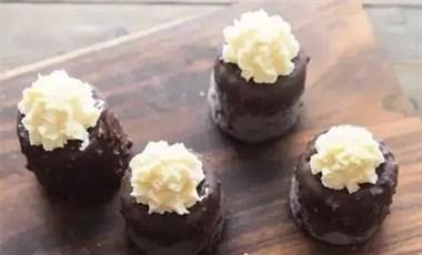 夏日不可错过的雪糕,巧克力脆皮,口感丰富,学会不用花钱买了!