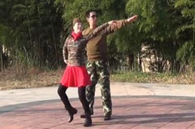 """广场舞跳出婚外情 老伴被外面的""""老妖精""""勾走了"""