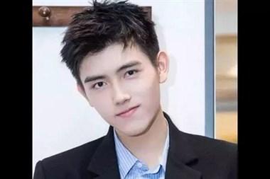 发型丨2019男生成熟发型介绍 成熟气质的男生发型