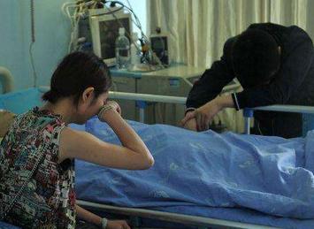 中医院癌症女子停止呼吸,母亲大哭!她竟睁开了眼…