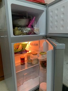 【转卖】志高小型冰箱