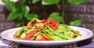 夏天此豆要多吃,家常小炒上桌快,清脆爽口又入味