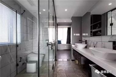 卫生间形状不同,原来淋浴房这样挑着装才实用!3㎡卫生间都能装