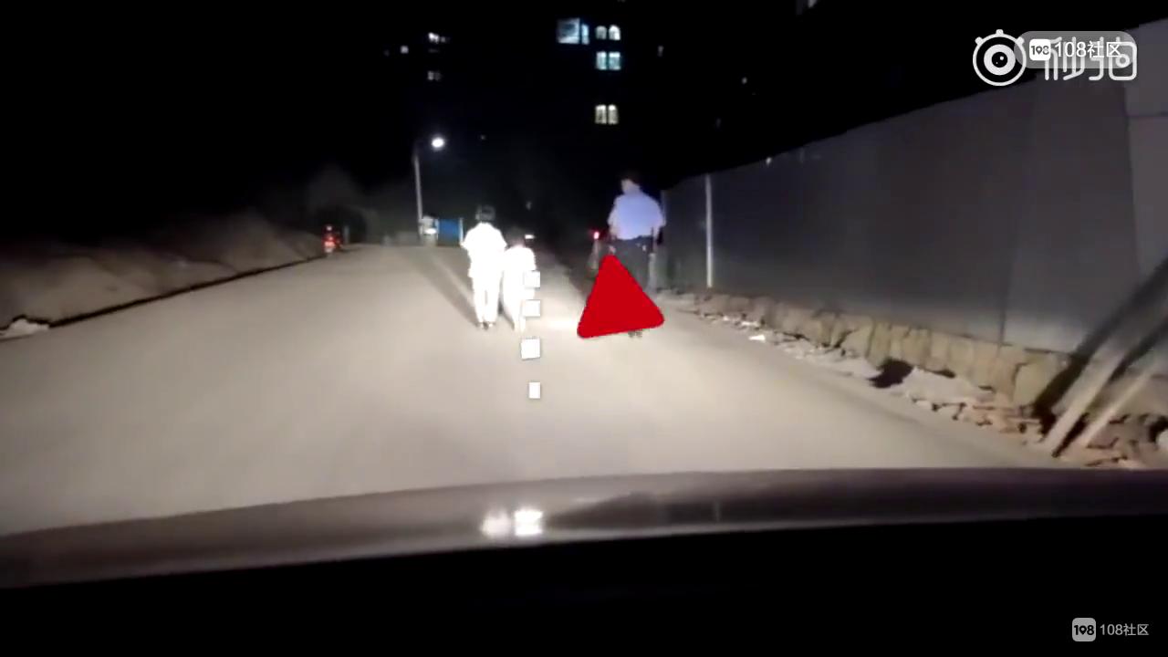 深夜,衢州街头发现俩孩童,一个10岁一个6岁...