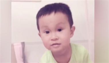 """视频看哭!最后说一次""""妈妈我爱你"""",7岁男孩因病离世"""